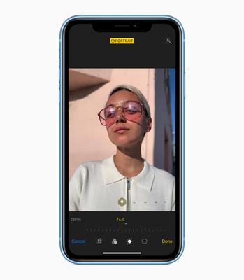 iPhone_XR_Blue-CameraScreen_09122018.jpg